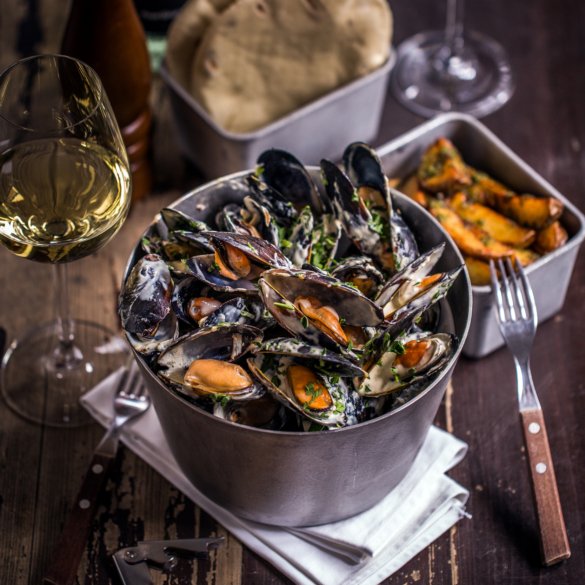 Big mussels set